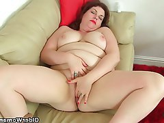 Pantyhose BBW Mature MILF British
