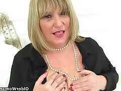 Mature MILF British Granny Pantyhose