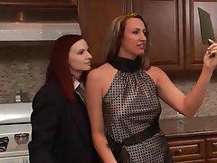 Lesbian Mature MILF Threesome