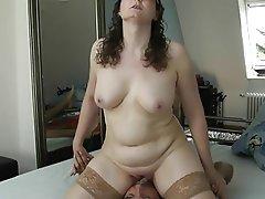 Amateur Babe Face Sitting