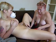 Amateur Lesbian Mature Old and Young Strapon